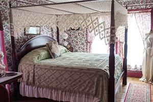Garden Room Gorham lodging NH
